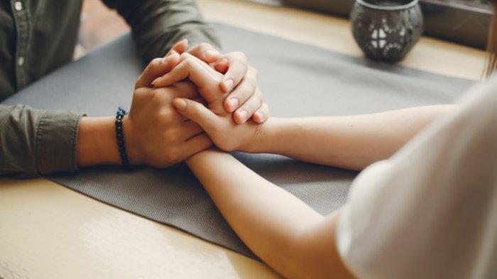 Ramalan Zodiak Cinta Hari Ini Kamis 5 Maret 2020: Gemini Berikan Kebebasan, Cancer Sensitif