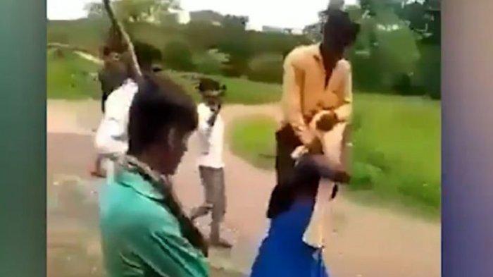 Begini Akhir Ceritanya Perempuan India Dihukum Memanggul Suaminya karena Selingkuh