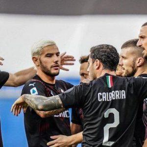Diwarnai Gol Bunuh Diri Rossoneri Unggul 1-0 Hasil Liga Italia AC Milan vs Cagliari Babak Pertama