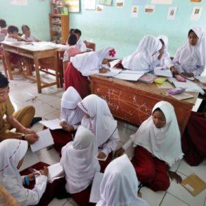 Pemerintah Bakal Umumkan Jadwal Tahun Ajaran Baru & Kebijakan Belajar di Sekolah Sore Ini