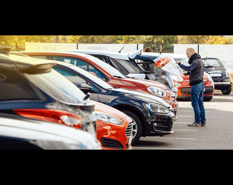 Daftar Harga Mobil Bekas di Surabaya